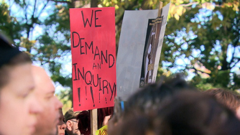 Community members calling for an MMIW inquiry at a recent Montreal event. (CBC)